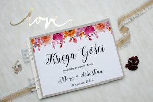 zdjęcie weselnej księgi gości